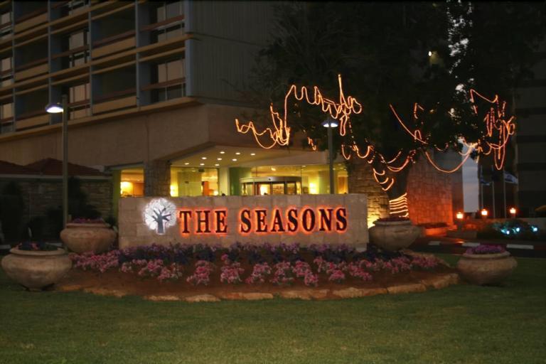 The Seasons on the Sea,