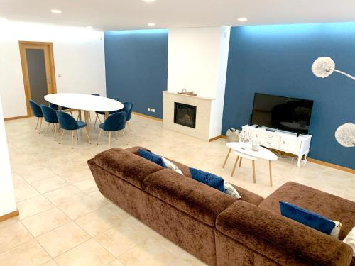 House with 4 bedrooms in Palmeira with furnished garden and WiFi, Braga