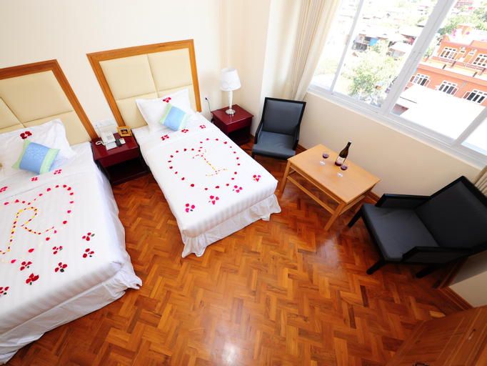 Royal Inlay Hotel, Taunggye