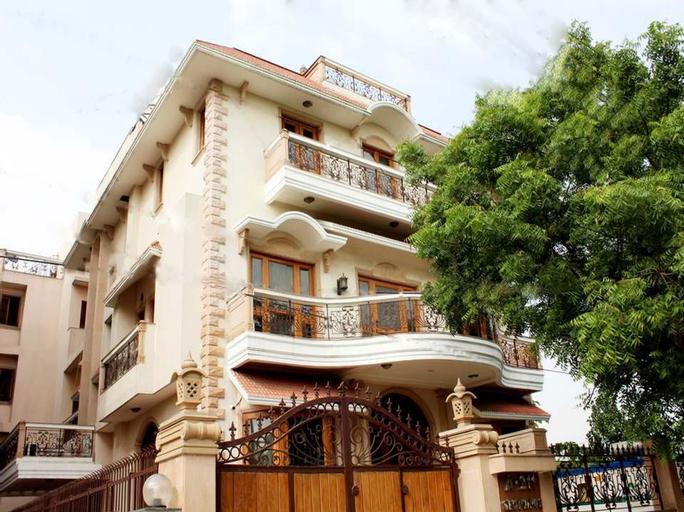 OYO 1450 Hotel Ashray, Gautam Buddha Nagar