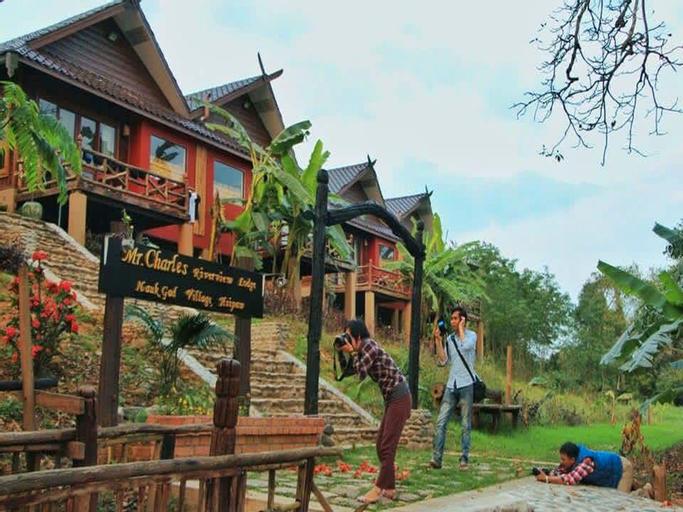 Mr. Charles River View Lodge, Kyaukme