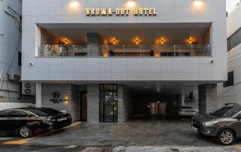 Brown Dot Hotel Deokcheon, Buk