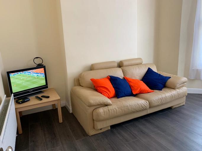 Convenient Catford Apartment, London