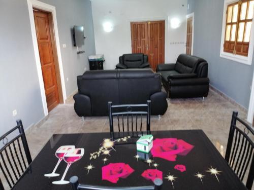 Appartements meubles F3, a 10 min du centre ville, Pointe Noire