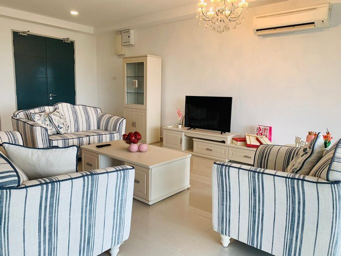 The Heart of Passion in Nilai (3BR + 3 BATH), Seremban