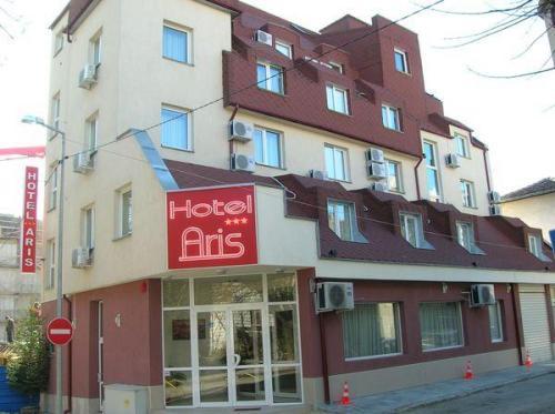 Hotel Aris, Stolichna