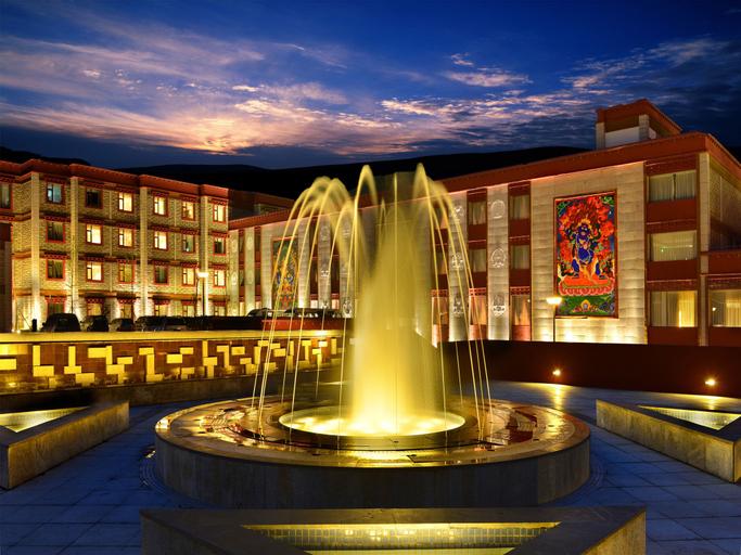 Holyland Hotel Daocheng Yading, Garzê Tibetan