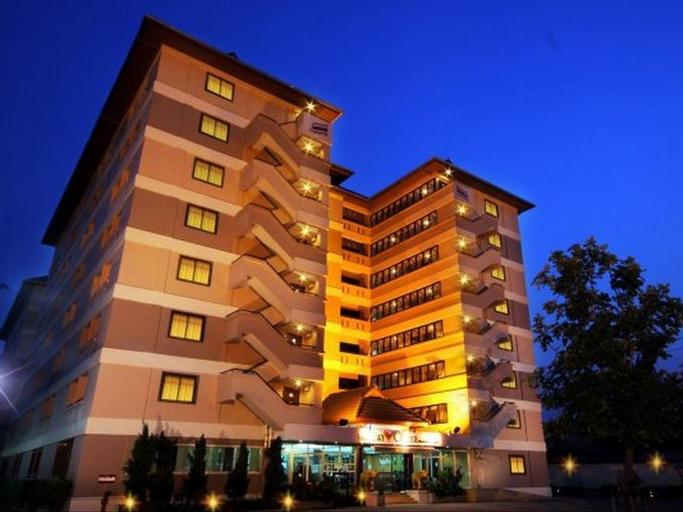 The Canal Hotel, Min Buri