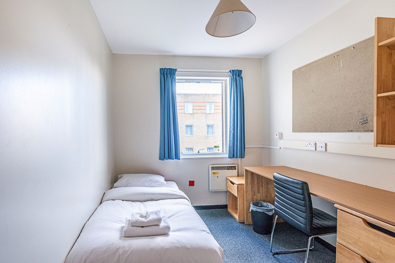 New Cross Gate 27 · Great Private Room Near New Cross Gate Station, London