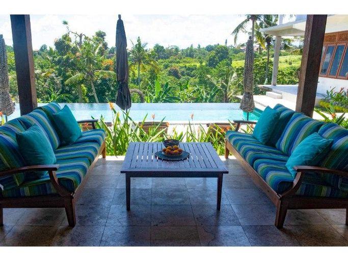 Wake Up in Paradise Luxe Villa Large Pool Ubud ,