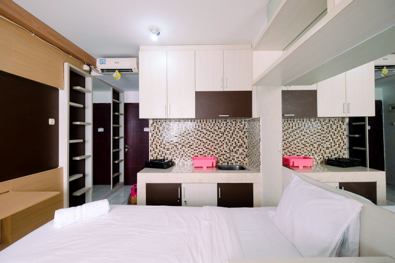 East Park Studio Apartment with Twin Beds, East Jakarta