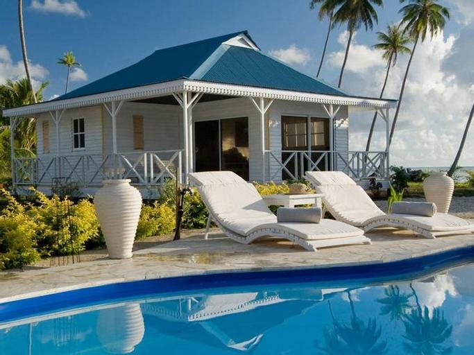 Opoa Beach Hotel,