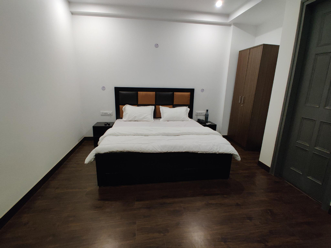 Indep, couple friendly private room, Karnal