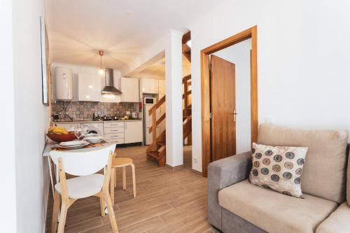 Best Houses 16: Charming Apartment in Peniche, Peniche