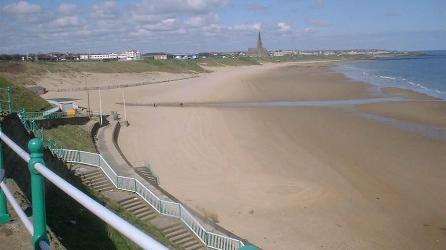 Tynemouth Beach Apartment - 2 min walk to beach, North Tyneside