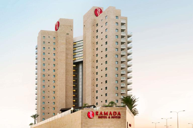 Ramada Hotel and Suites Netanya,