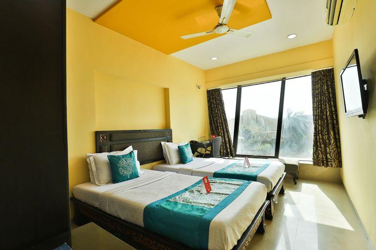 OYO 14549 Hotel Lotus Residency, Daman