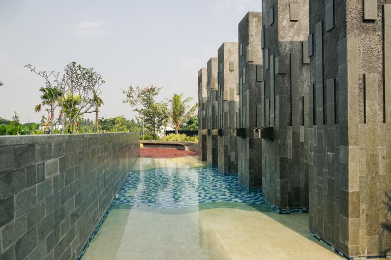 Modern 2BR Apartment at Citra Lake Suites, Jakarta Barat