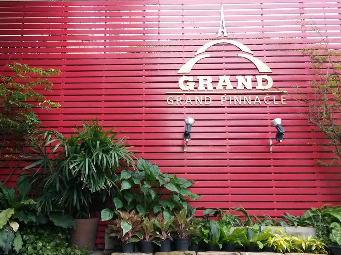 Grand Pinnacle, Lat Krabang