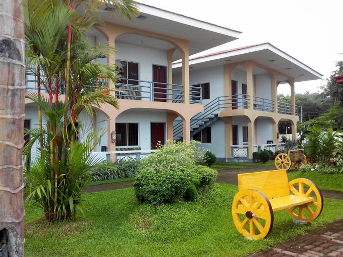 Dreamland Beach Resort (Pet-friendly), Mambajao