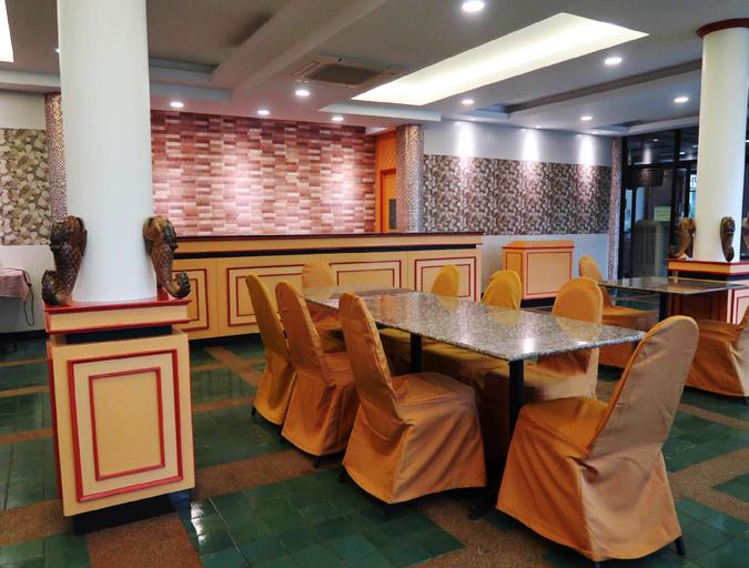 Triple Resort, Muang Ratchaburi