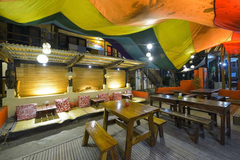 The Lazy Dog Bed & Breakfast, Malay
