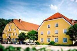Hotel Gutsgasthof Stangl, Ebersberg