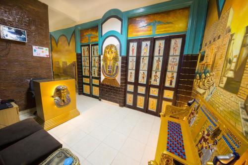 Limitless cairo Hostel, 'Abdin