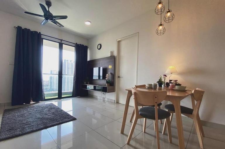 EXCLUSIVE Woodsbury Suites @ Butterworth 4PAX , Seberang Perai Utara
