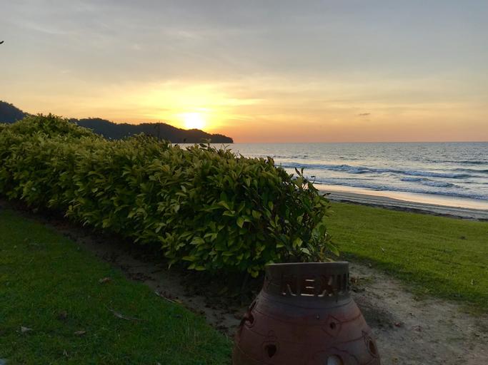 Sunset Seaview Beach Villas & Spa Suites @ Nexus Karambunai, Tuaran