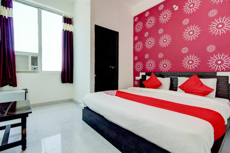 OYO 72798 Hotel Imperial Fort, Aligarh