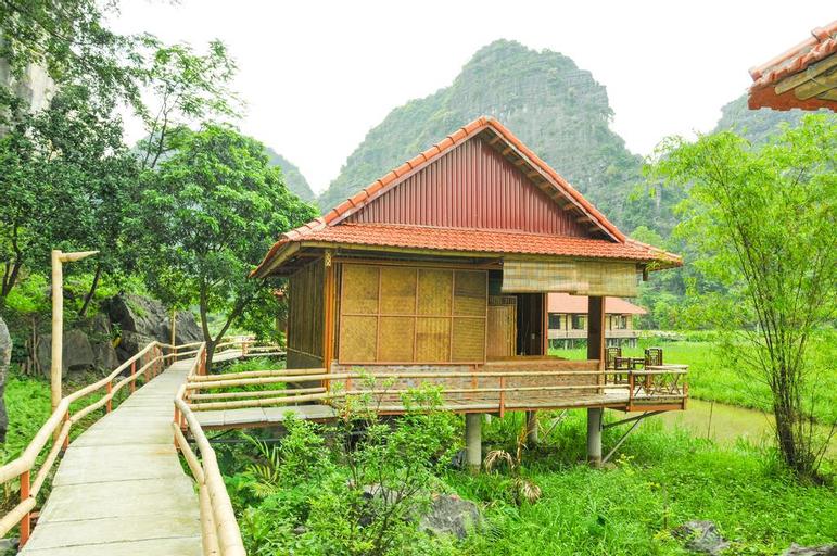 Lotus Field Homestay, Hoa Lư