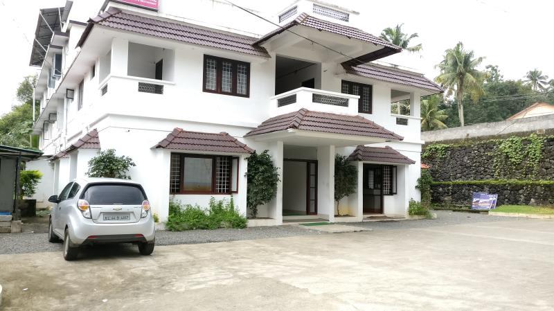 Hotel Kavery, Ernakulam