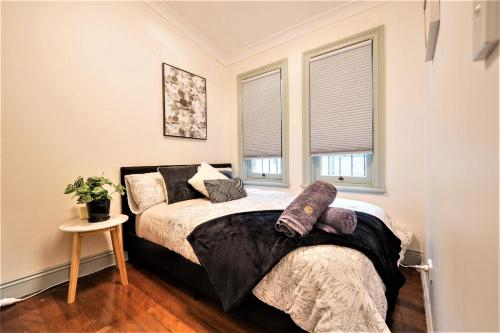Quiet Private Room In Strathfield 3min to Train Station G2 - ROOM ONLY, Burwood