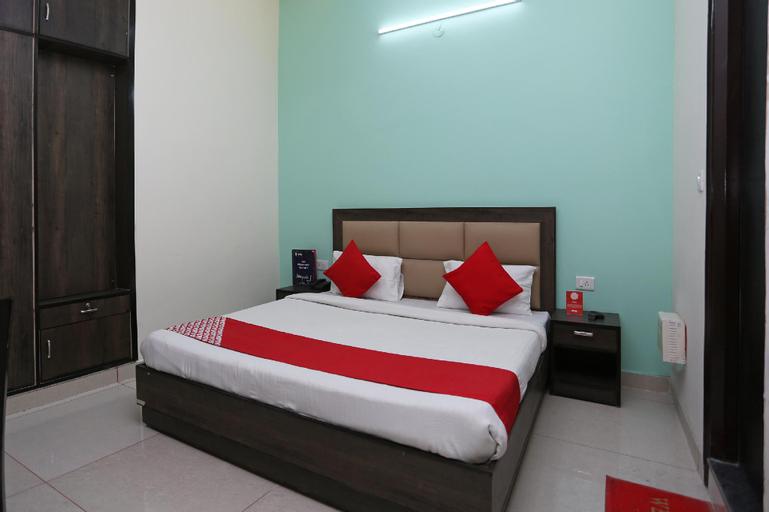 OYO 15733 A-1 Residency, Faridabad