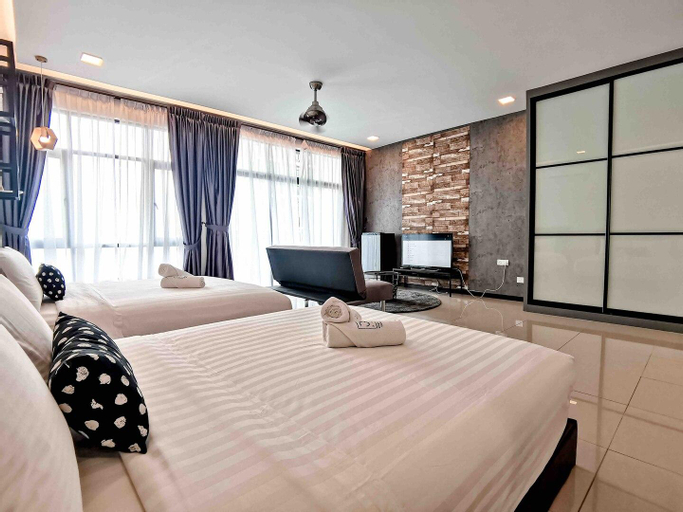 Molek Regency@UHA Studio 3-4pax Luxury Free WiFi, Johor Bahru