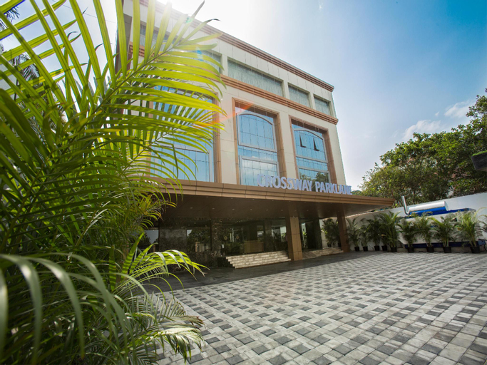 Crossway Parklane Airport Hotel Chennai, Kancheepuram