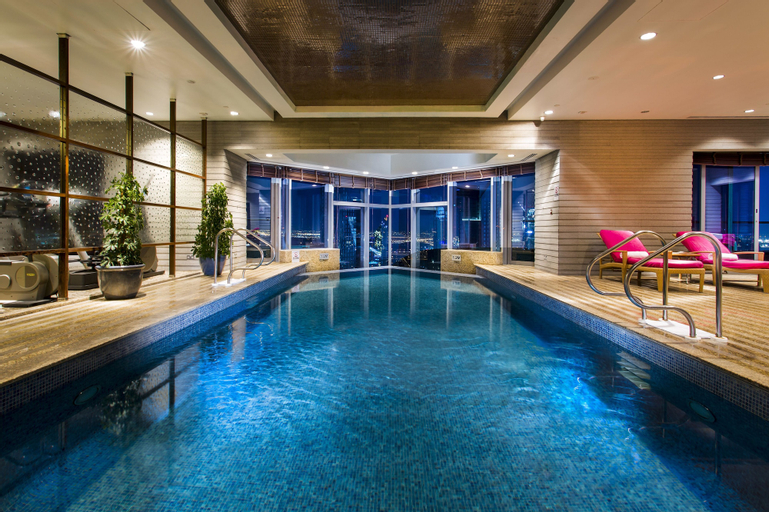 Shangri-La Dubai Apartments,