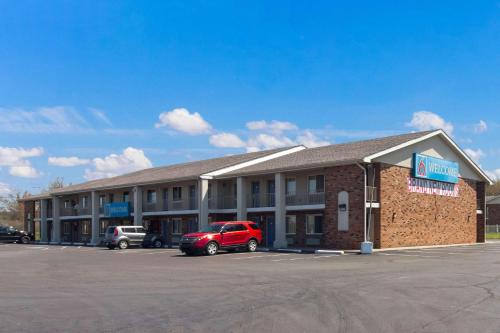 Motel 6-Youngstown, OH, Trumbull