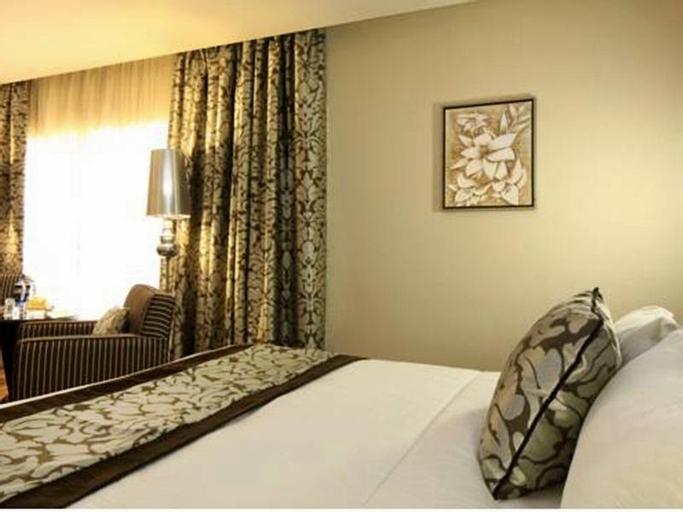 Petal Hotel,