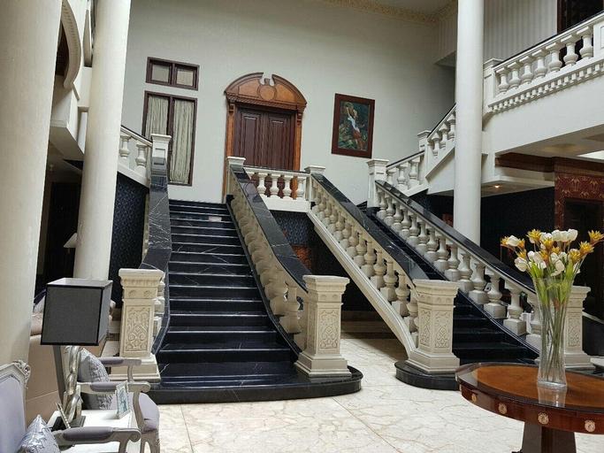 Guest House The Castle, Medan