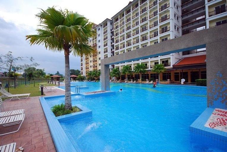 Suria Apartment, Bukit Merah Laketown, Kerian