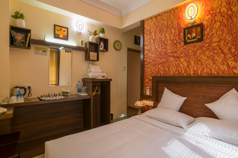 Blue Bell Airport Hotel, Ernakulam