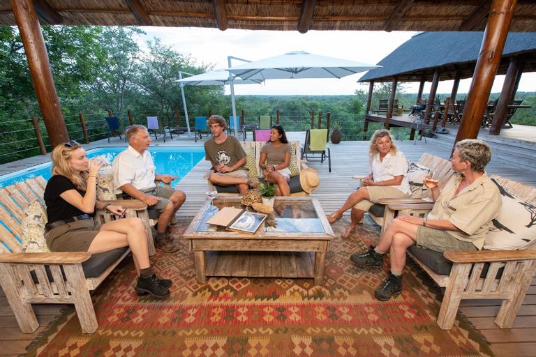 Sausage Tree Safari Camp, Mopani