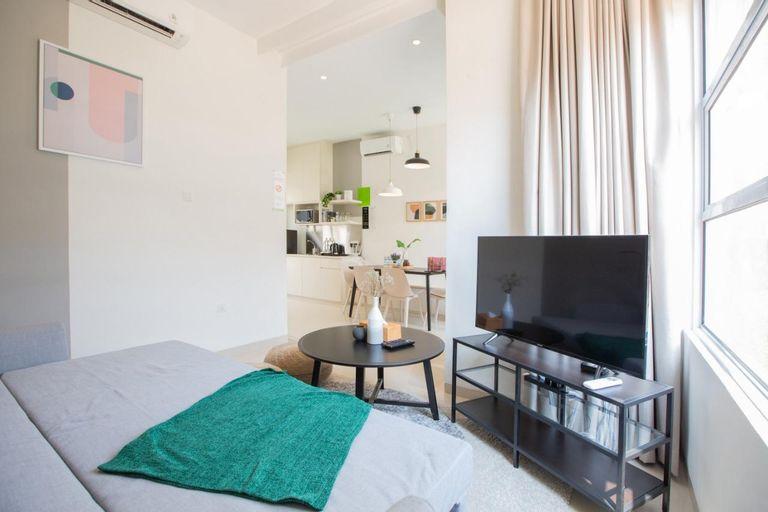 Havis (House Apartment Services), Batam