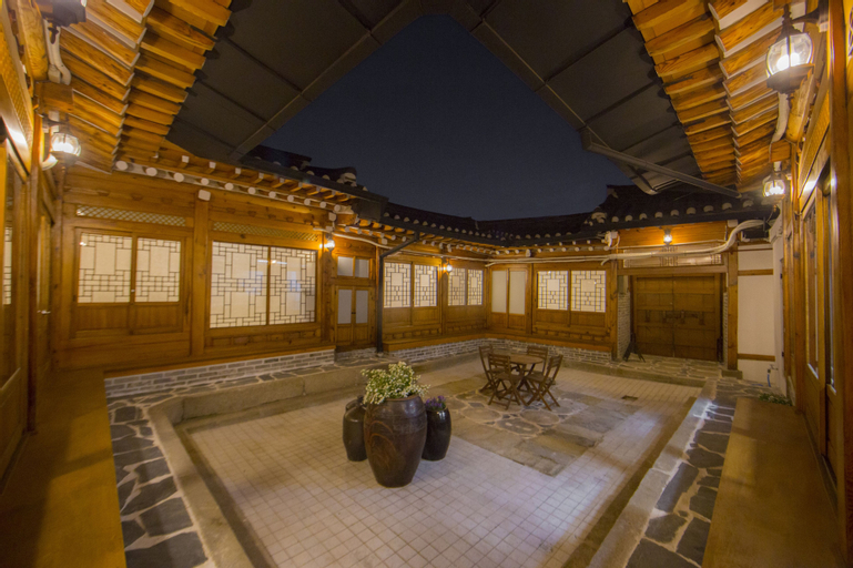 STAY256 Hanok Guesthouse, Seongbuk