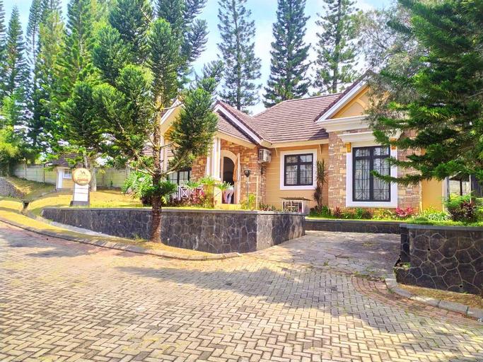 Villa 4 Kamar Private Pool Kota Bunga, Bogor