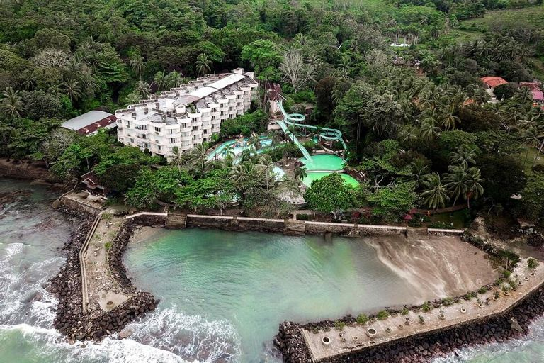 One Bedroom Standard Hawaii Resort Family Suites, Serang