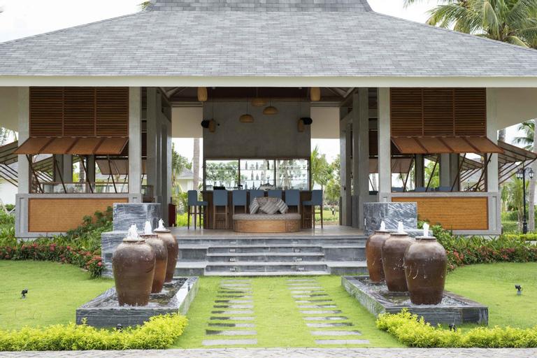 Cocoland River Beach Resort & Spa, Tư Nghĩa