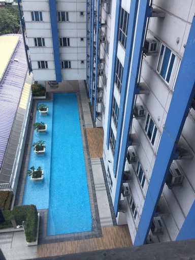 Fully furnished 1-BR condo- accessible, convenient, Quezon City